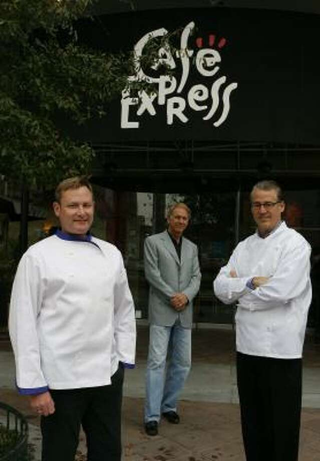 Chef Greg Martin , left, and Cafe Express owners Lonnie Schiller and Robert Del Grande believe they are better able to meet the challenge of delivering fresh, casual food than the chain's former owners, Wendy's. Photo: STEVE CAMPBELL, CHRONICLE