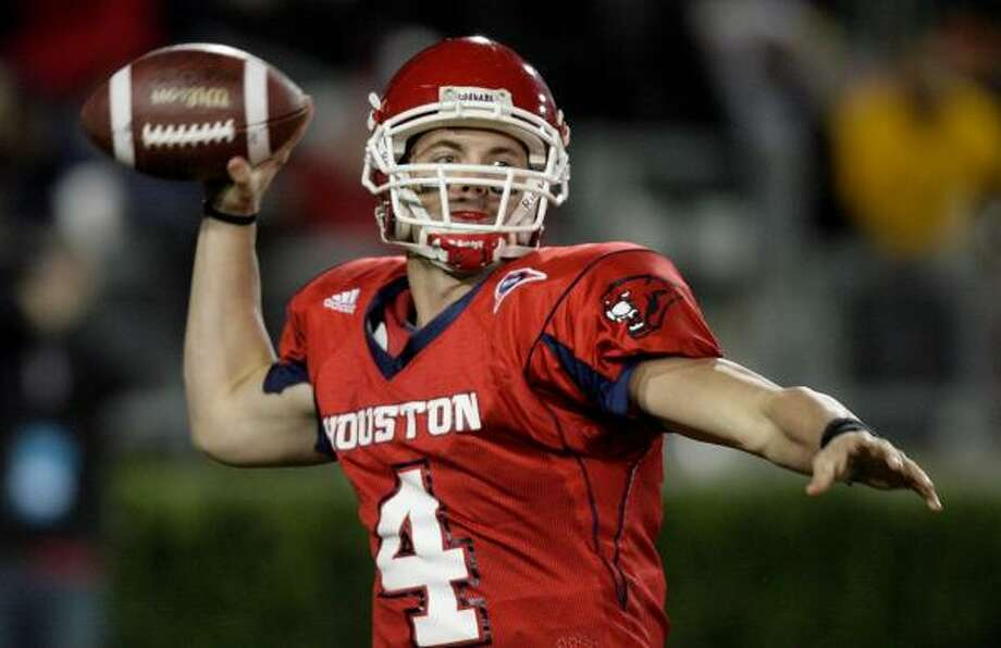 Although he didn't see much action at the Senior Bowl, Houston quarterback Kevin Kolb was pleased with his performance and believes NFL scouts have seen enough of him. Photo: DAVE EINSEL, AP