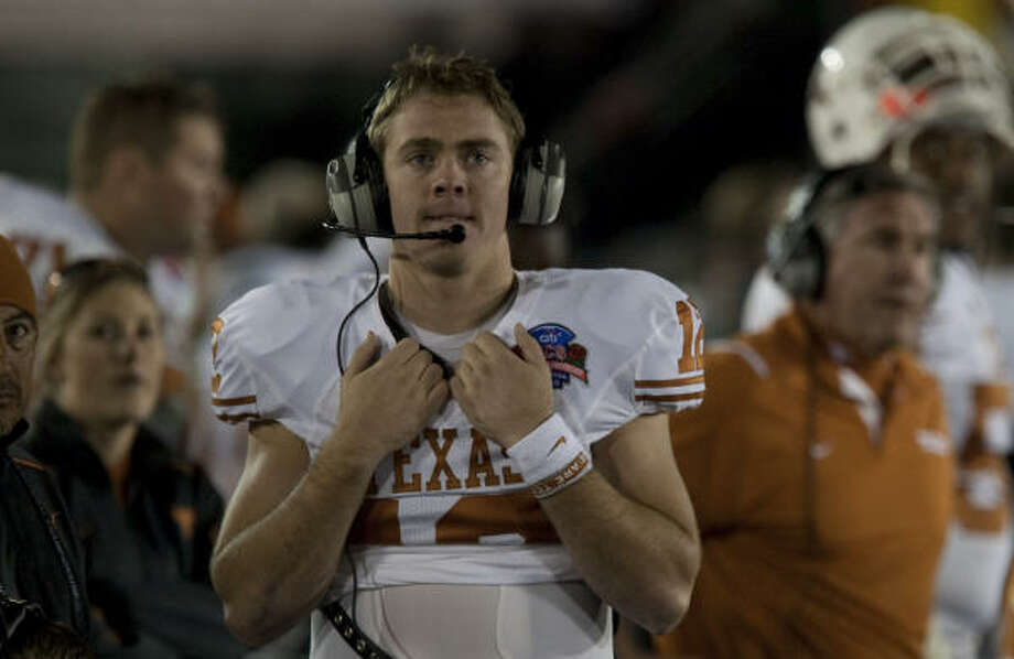 "Colt McCoy used the word ""dead"" to describe his arm. Photo: Smiley N. Pool, Chronicle"
