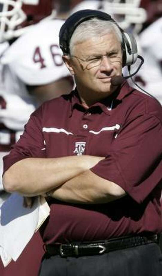 "One of the subscribers to Dennis Franchione's newsletter — Jim Lind of Tulsa — says he's ""not a big coach Fran fan."" Photo: ERIC GAY, AP"