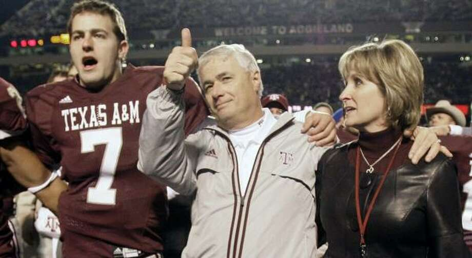 Dennis Franchione went out in style after struggling through five seasons at Texas A&M. Photo: David J. Phillip, AP