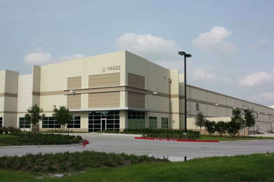 The Allied Group, a manufacturer and distributor of fittings and flanges, has purchased the 152,800-square-foot Building 3 and an additional 31 acres in the Lakeview Business Park in Missouri City. The property is at 14623 Fairway Pines Drive.   Biz news -- realestate transactions Monday 02/25/2011
