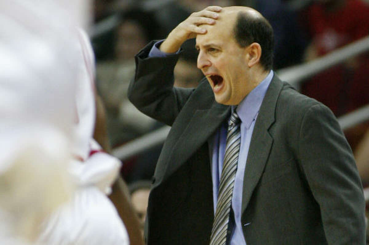 Jeff Van Gundy's team had a 51-48 lead at halftime after leading by as many as 15 in the second quarter.