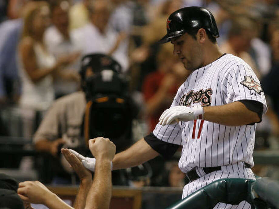 Lance Berkman homered to help the Astros offense touch up Carlos Zambrano for seven runs. Photo: Steve Campbell, Chronicle