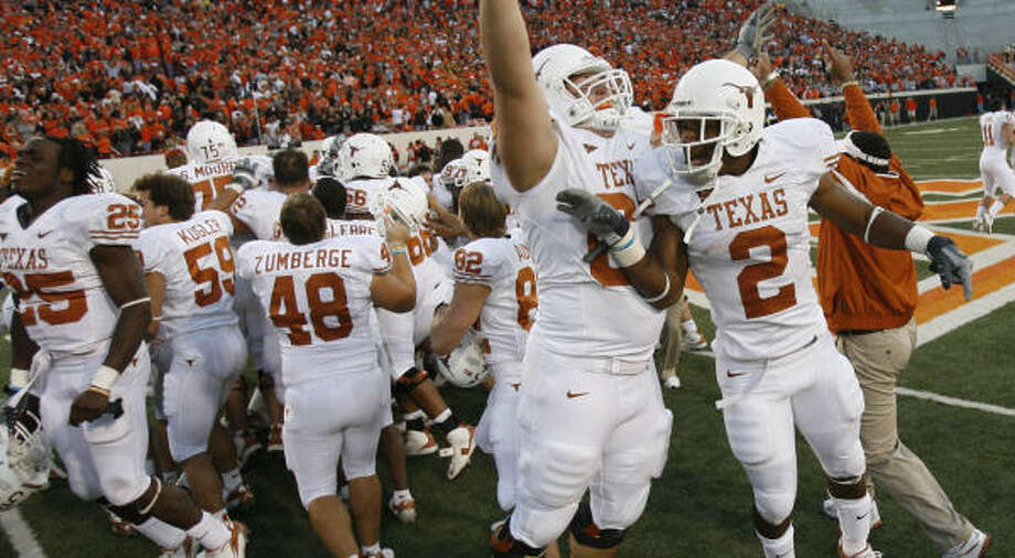 The Longhorns left the crowd in Stillwater stunned after erasing a 35-14 Oklahoma State lead. Photo: Nick De La Torre, Chronicle