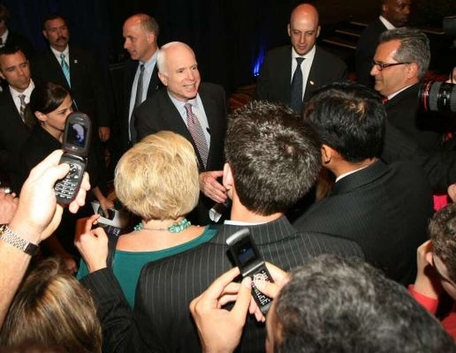 GOP presidential candidate John McCain speaks to supporters at the Hilton Americas-Houston on Tuesday. Photo: BILLY SMITH II, CHRONICLE