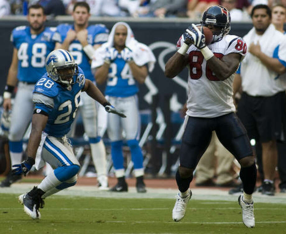 Texans receiver Andre Johnson was the first in the league to 1,000 receiving yards. Photo: Steve Ueckert, Houston Chronicle