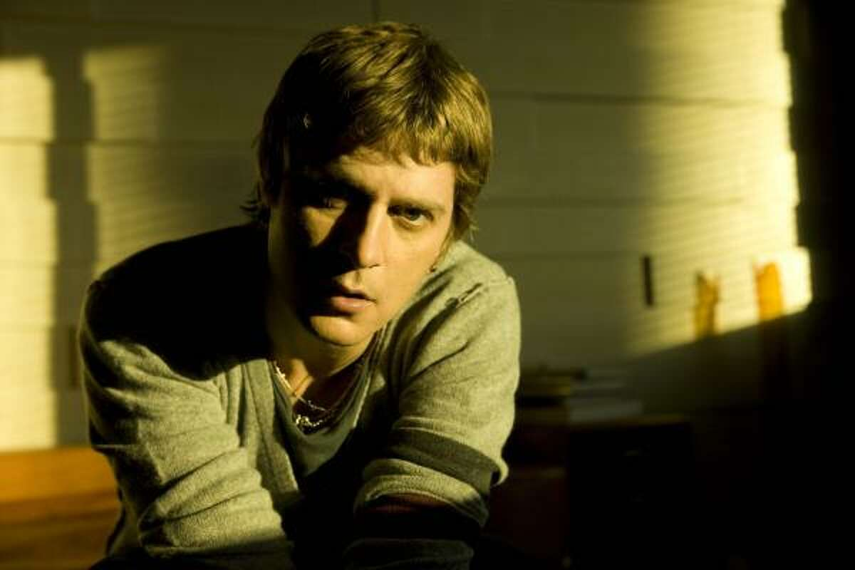 Rob Thomas incorporates new sounds in his latest solo effort, due in stores Tuesday.