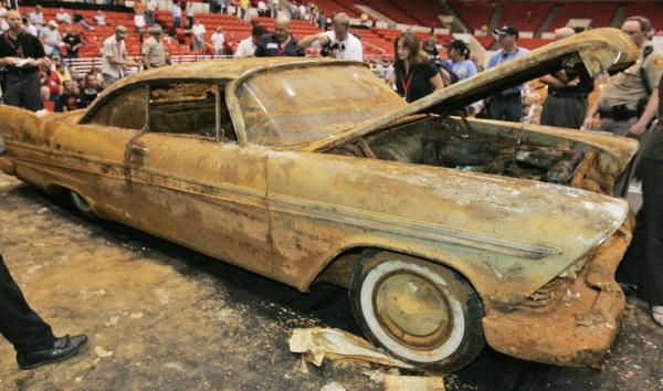 Cars For Sale Tulsa >> 1957 Plymouth dug up from Tulsa time capsule - Houston Chronicle