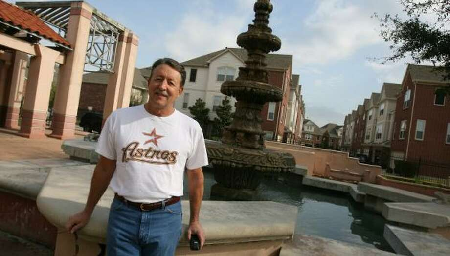 "George Helber, who lives near Guadalupe Park, says he's seen times when the water in the Spanish fountain ""is white with soap and one is uneasy getting close, as the mist from there can't be healthy."" Photo: SHARÓN STEINMANN, CHRONICLE"