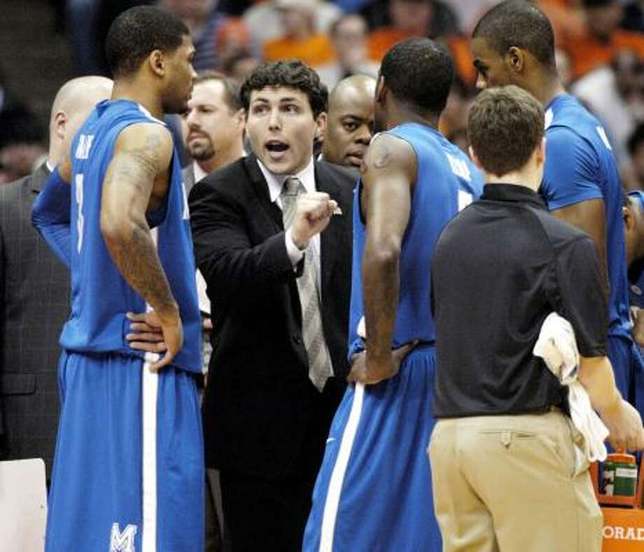 Memphis coach Josh Pastner is rumored to be on Texas A&M's early list of candidates to replace former coach Mark Turgeon. Photo: Kevin Rivoli, ASSOCIATED PRESS