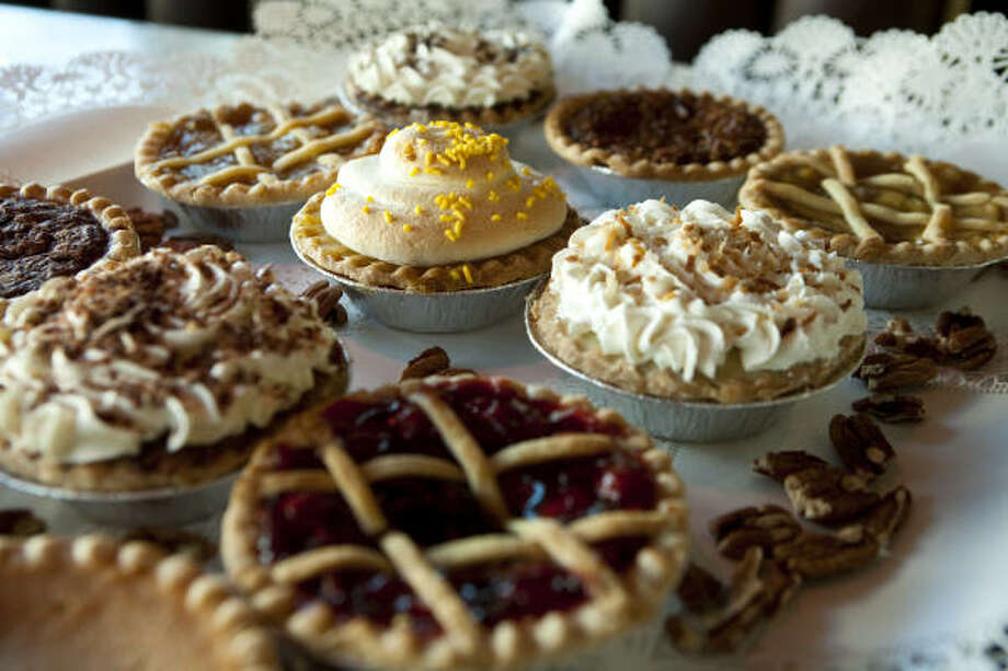 House of Pies will sell mini pies in flavors including pecan, pecan fudge, buttermilk, coconut cream and decadent Bayou Goo. Photo: Nick De La Torre :, Chronicle