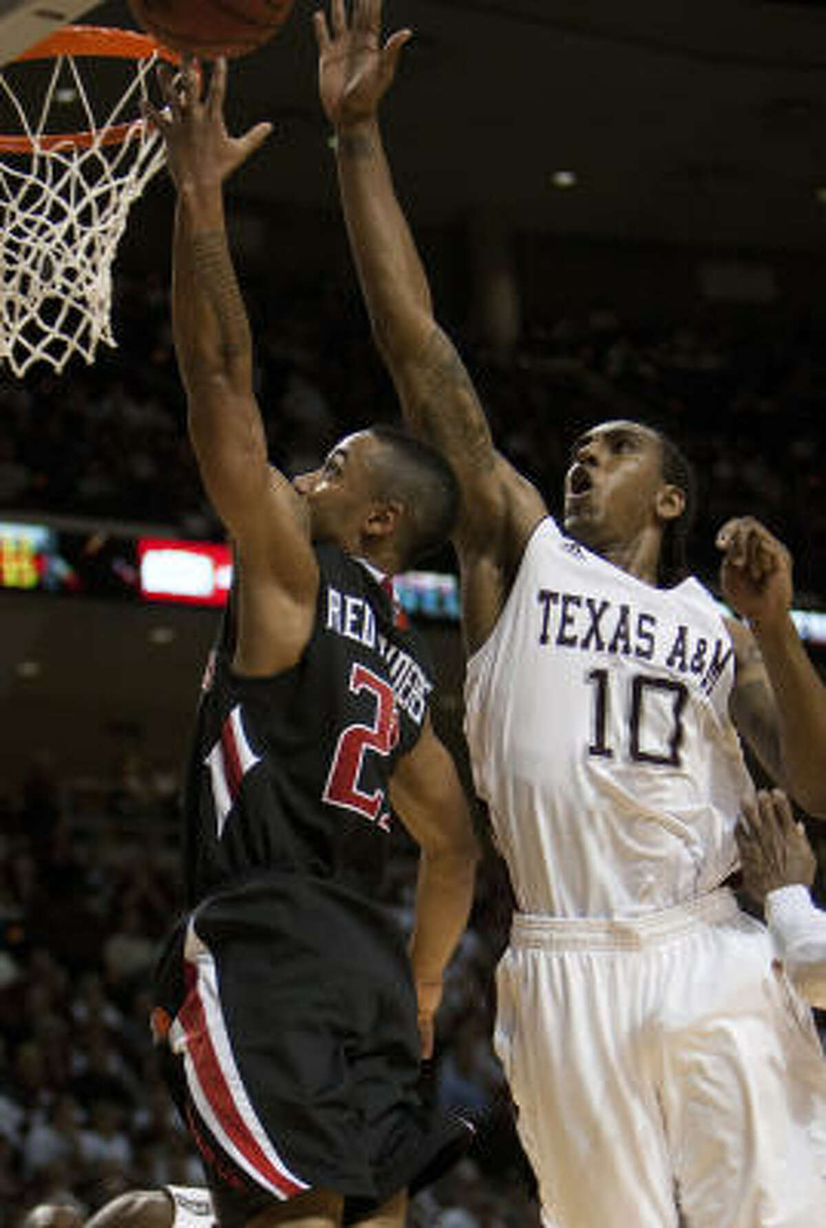 Texas A&M forward David Loubeau scored 21 points Saturday.