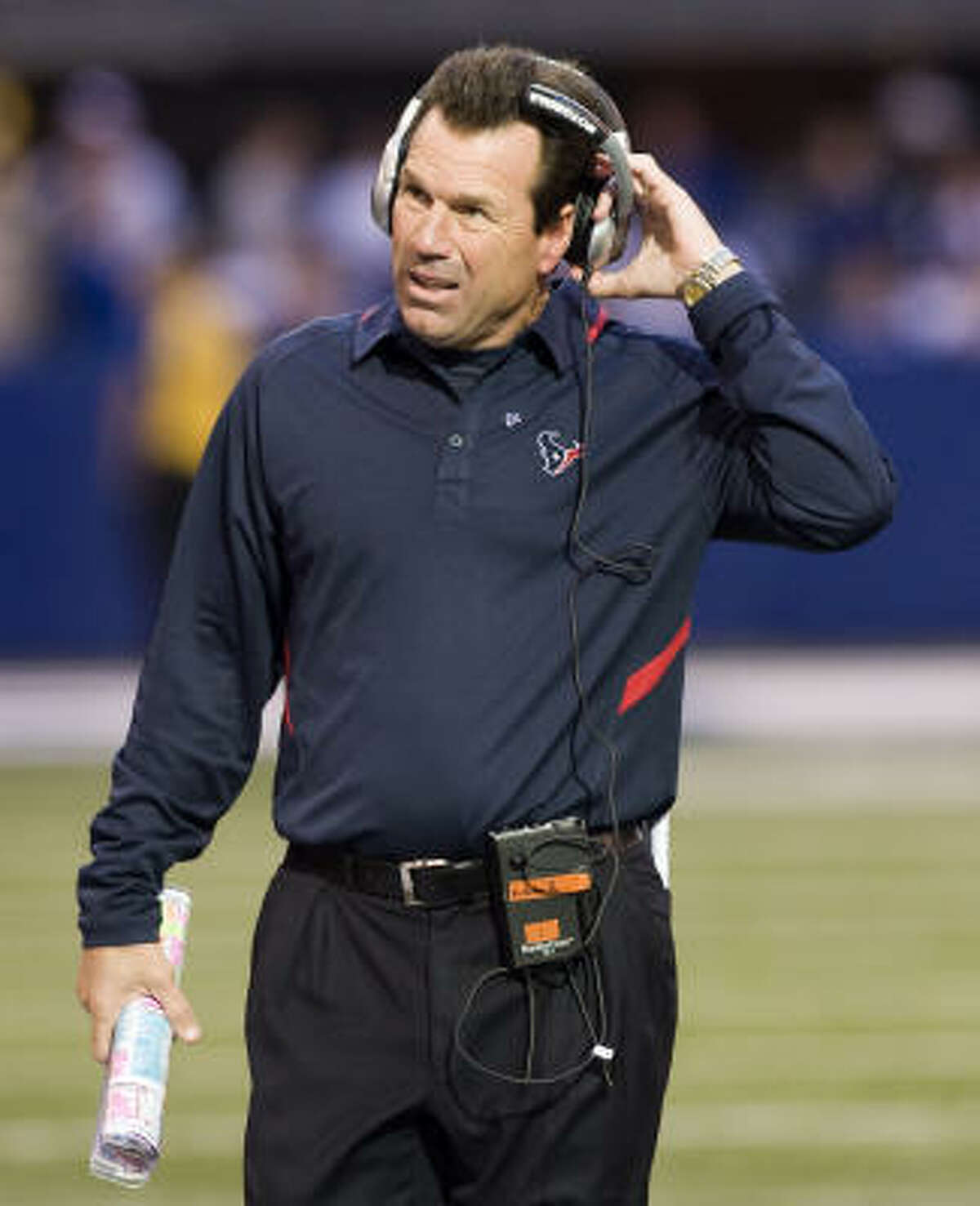 Texans coach Gary Kubiak has a 31-33 record in four years with the team.