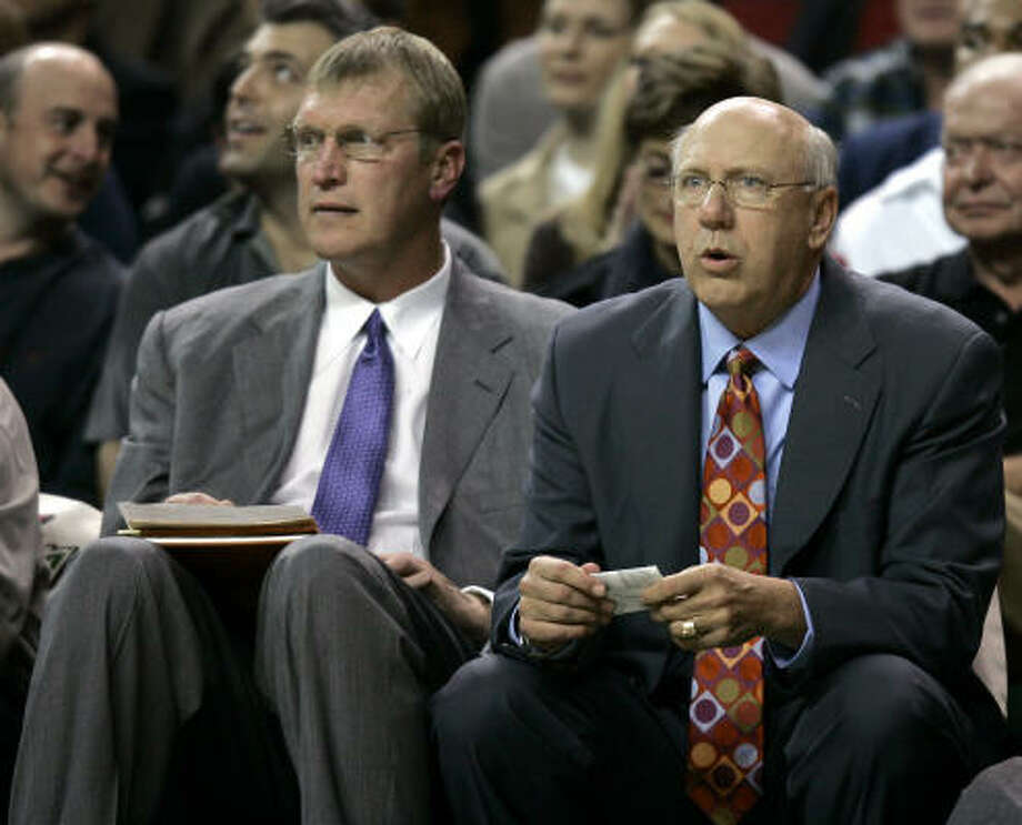 Jack Sikma, left, might be able to teach Yao Ming a thing or two. Photo: TED S. WARREN, AP