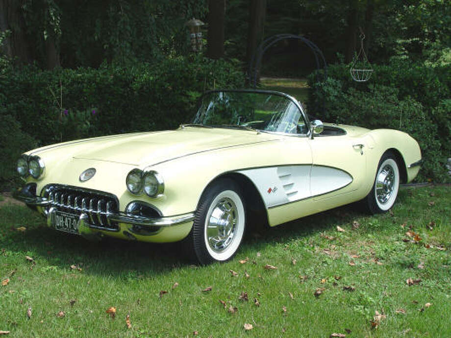 Only 170 of the 9,168 Corvettes produced in 1958 left the factory painted Panama Yellow with Snow Crest White side coves.