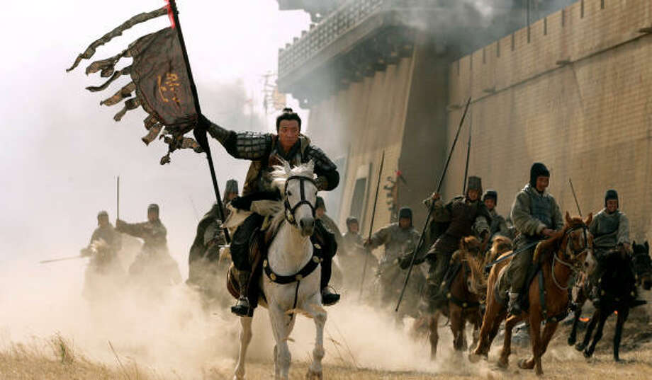 Director John Woo needed thousands of extras to play Chinese soldiers in Red Cliff. Photo: AP