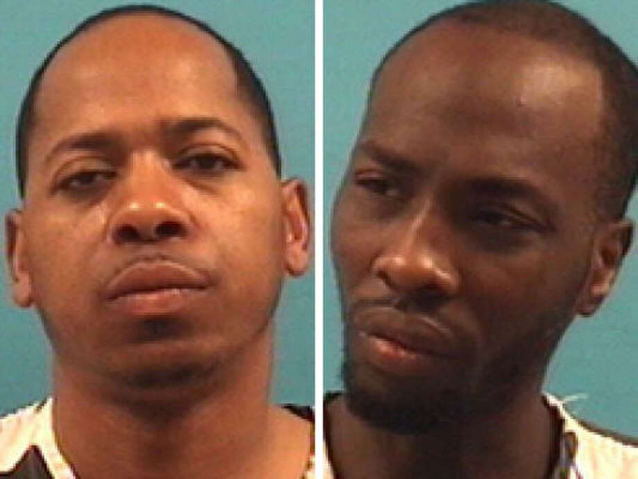 Samuel Bonner, 39, left, and Raymond Johnson, 29, are charged with aggravated robbery. Photo: Pearland Police