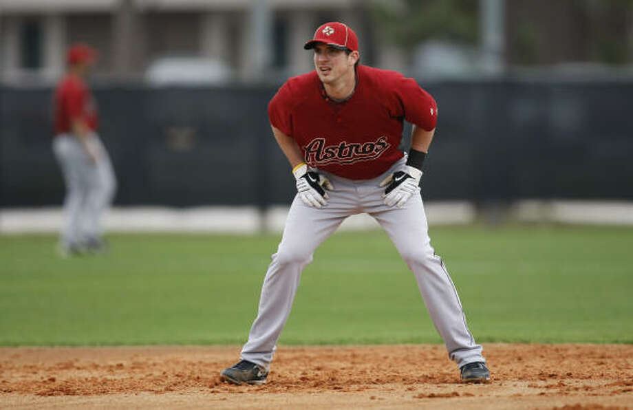 Astros shortstop Tommy Manzella is hitting .300 this spring. Photo: Julio Cortez, Chronicle