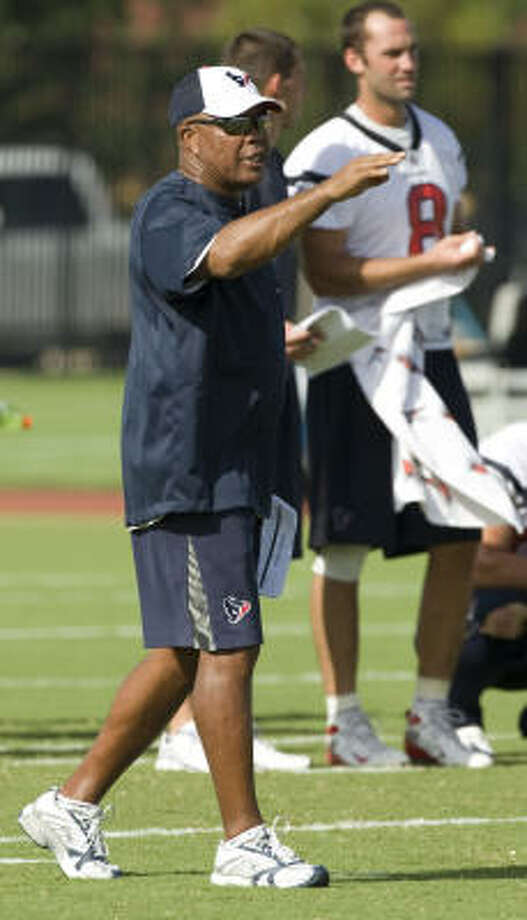 Texans running backs coach Chick Harris has made a successful transition from a defensive coach to the other side of the ball. Photo: Brett Coomer, Chronicle