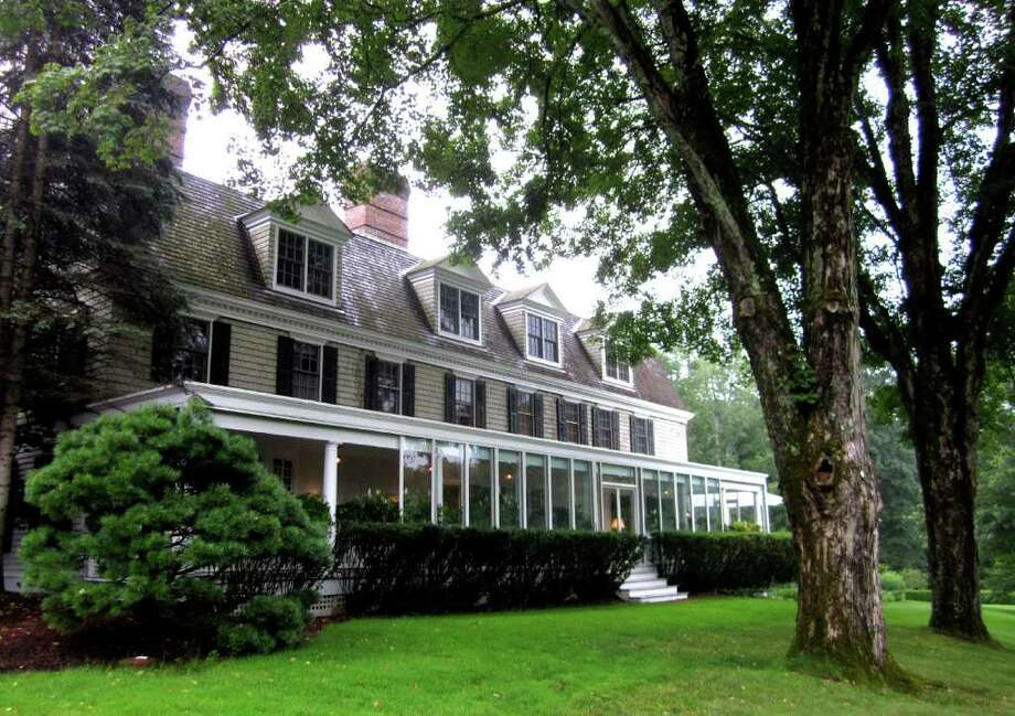 SPECTRUM/Hotel investors Alan and Warren Kanders have taken ownership of The Mayflower Inn & Spa in Washington from American Property Hospitality Management. July 2011 Photo: Norm Cummings