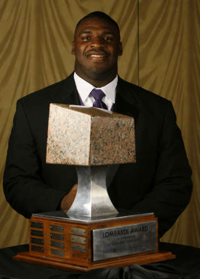 LSU defensive tackle Glenn Dorsey was awarded the Lombardi Trophy Wednesday at the Hilton Americas. Photo: Melissa Phillip, Chronicle