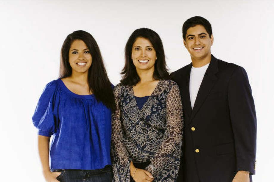 Yasmine, from left, Dilara and Imran Hafiz Jr. have published a book aimed at Muslim teens. Photo: Mark Peterman