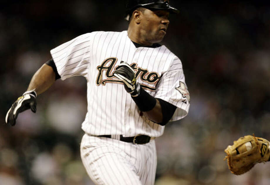 The feds pursuit of Astros shortstop Miguel Tejada is silly, Jerome Solomon writes. Photo: Eric Kayne, Houston Chronicle