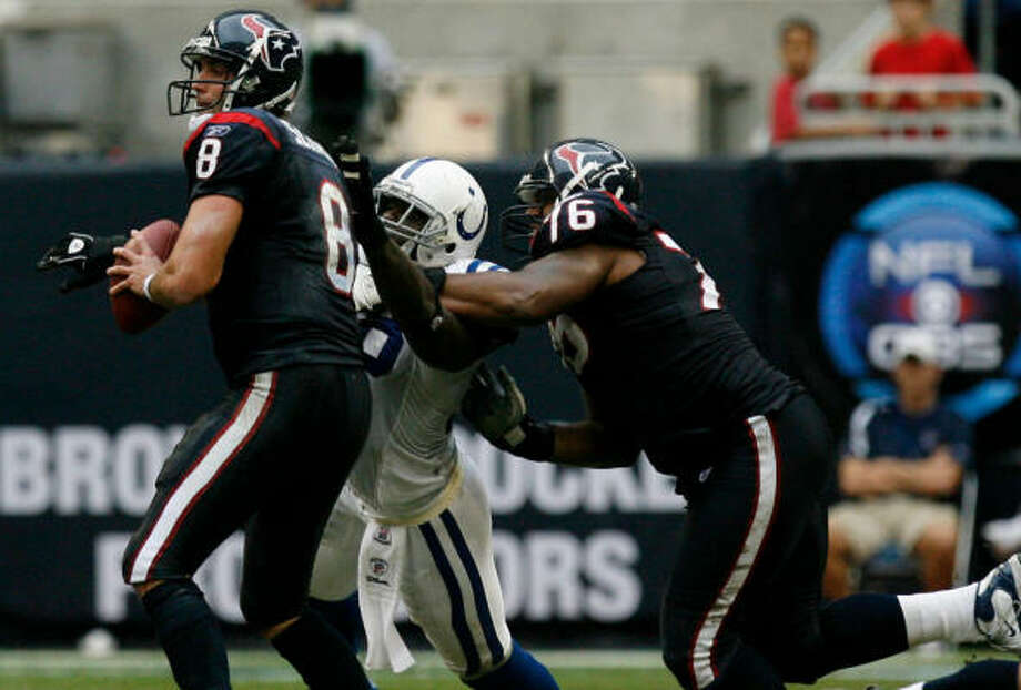 Texans quarterback Matt Schaub, left, committed three turnovers in the second half Sunday. Photo: Johnny Hanson, Chronicle