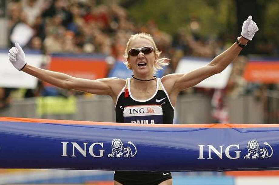 Paula Radcliffe, of Great Britain, won the women's division of the New York Marathon just nine months after giving birth. Photo: KATHY WILLENS, ASSOCIATED PRESS