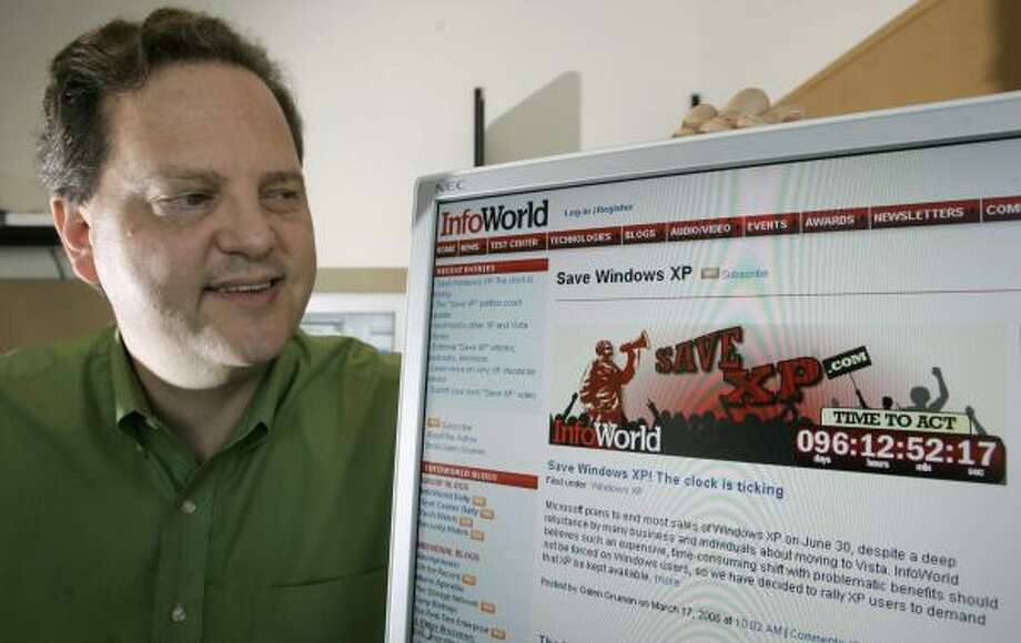 Galen Gruman, executive editor of InfoWorld, launched the Save XP Web petition in support of his operating system. Photo: ERIC RISBERG, ASSOCIATED PRESS