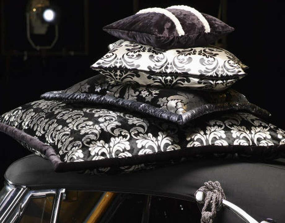 Grandezza (fabric collection) by JAB Anstoetz.  Available through Sroheim showroom. Photo: JAB Anstoetz