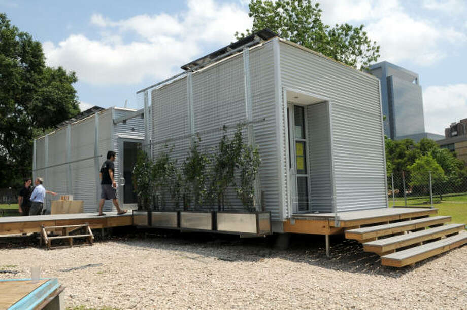 This zero-energy house built by Rice University students runs entirely on solar power. Photo: KIM CHRISTENSEN, For The Chronicle
