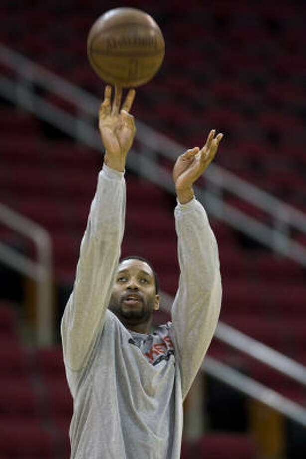 Tracy McGrady has returned to Rockets practices and continues to travel with the team. Photo: Nick De La Torre, Chronicle
