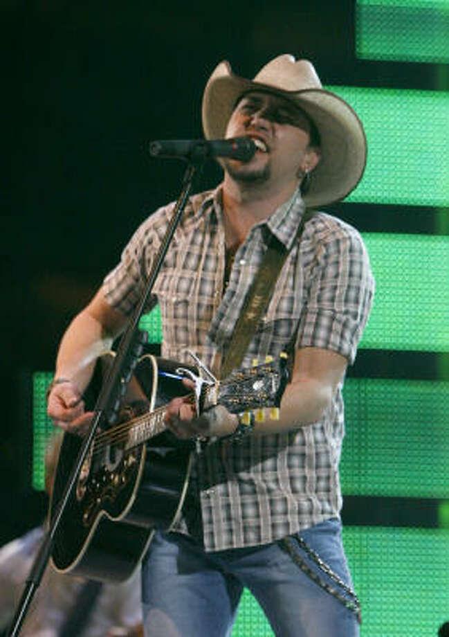 Jason Aldean puts on a solid showcase at RodeoHouston on Saturday. Photo: Karen Warren, Chronicle