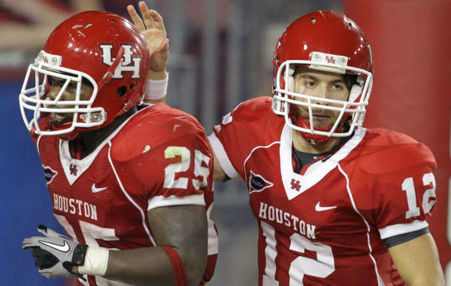 A former walk-on, quarterback Cotton Turner, right, could get his first career start on Saturday. Photo: Nick De La Torre, Houston Chronicle
