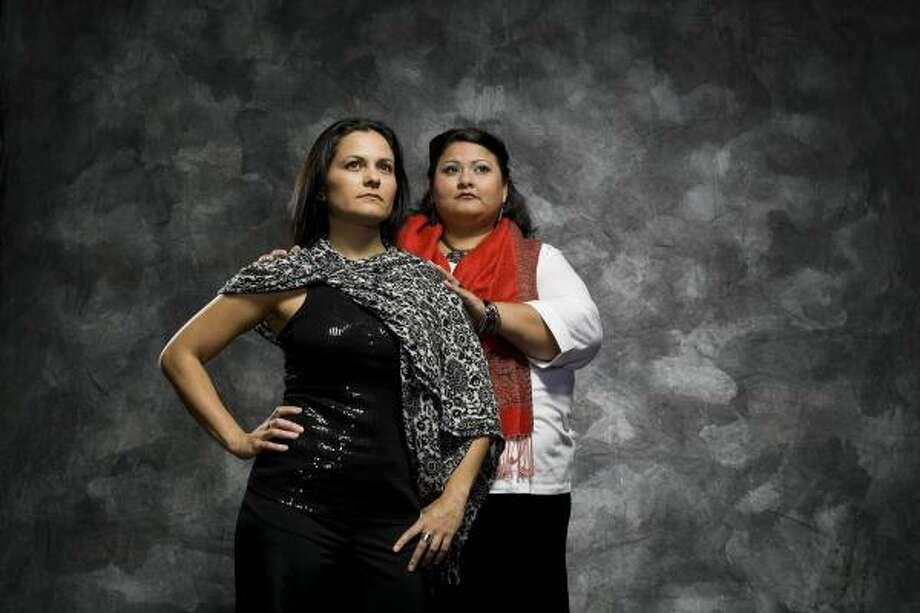 Mezzo-soprano Cecilia Duarte and Vanessa Cerda Alonzo will perform in HGO's first mariachi opera, To Cross the Face of the Moon (Cruzar la Cara de la Luna). Photo: Anthony Rathbun