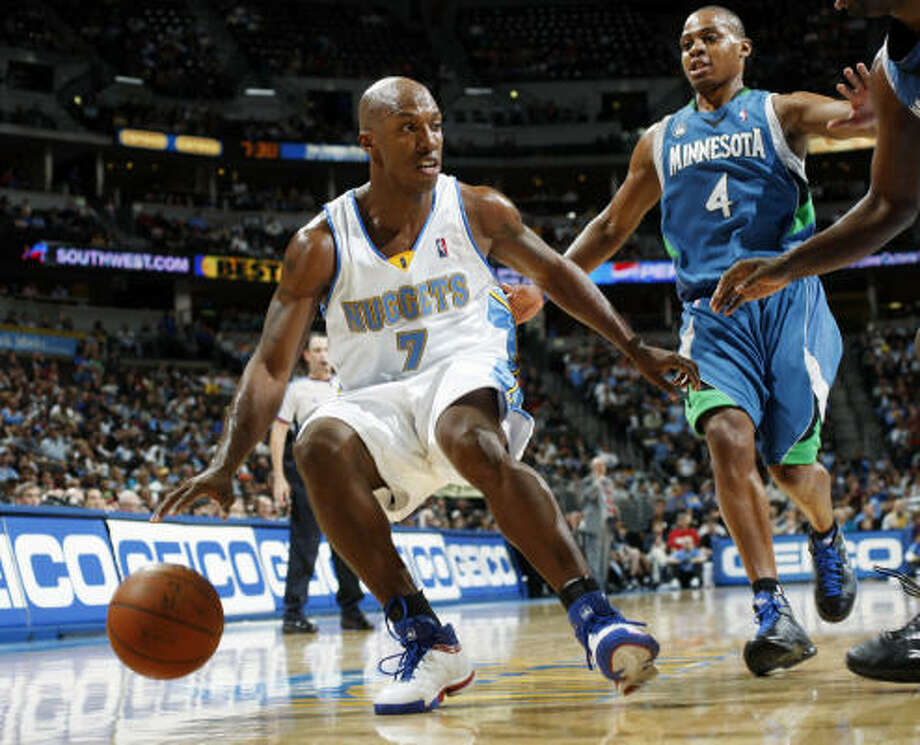 Chauncey Billups has led the Nuggets to a 16-4 record since being acquired in a trade Nov. 3. Photo: David Zalubowski