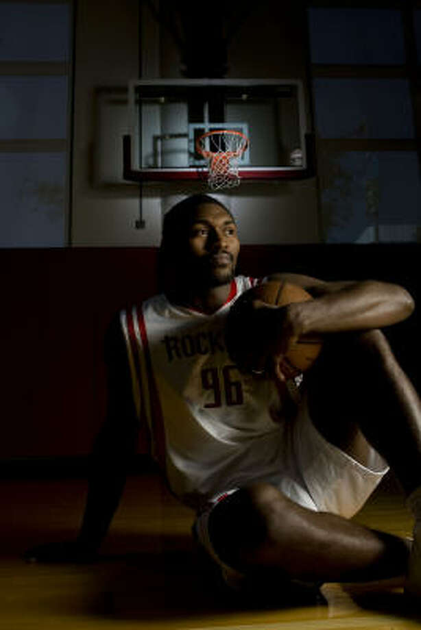 Ron Artest gives the Rockets a toughness and an emotional fire they haven't had before. Photo: James Nielsen, Chronicle
