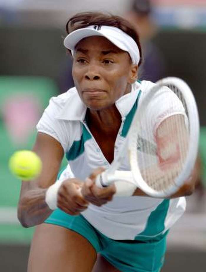 Venus Williams' two-set victory over Flavia Pennetta has her in the final. Photo: JUNG YEON-JE, AFP/GETTY