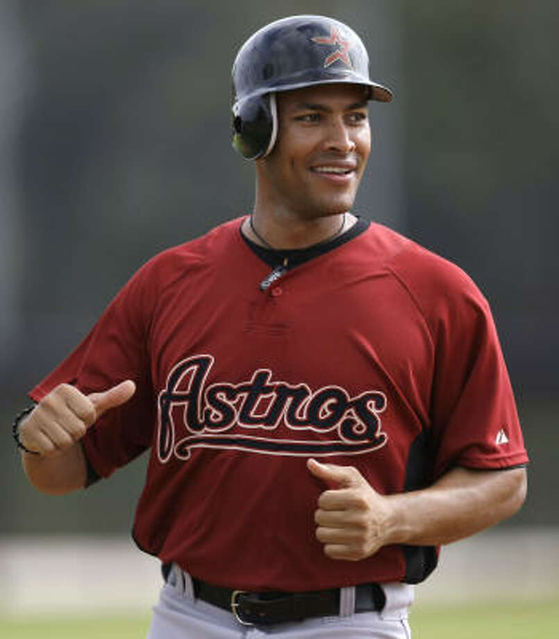 Jose Cruz Jr., who didn't play in the Astros' 6-1 victory over the St. Louis Cardinals on Friday, hit .122 (6-for-49) over 38 games. Photo: Karen Warren, Houston Chronicle