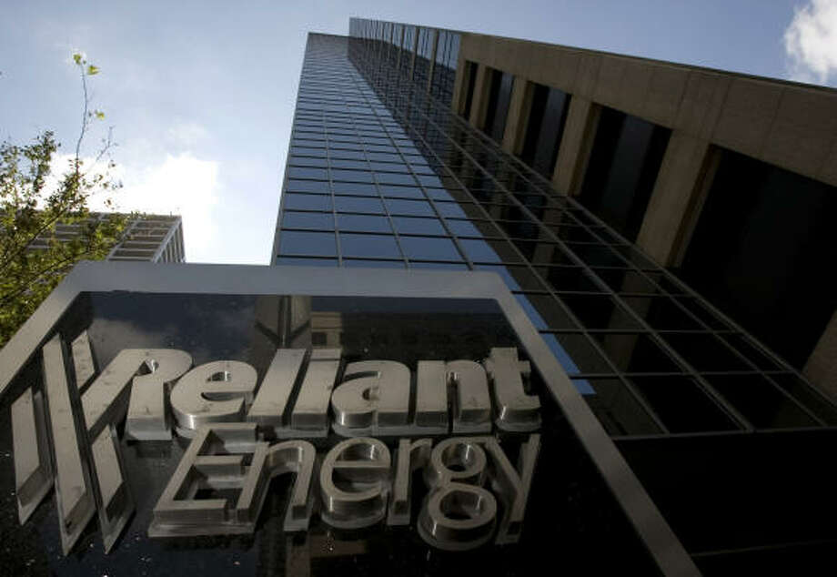 Reliant Energy said it is seeking a buyer as the credit market woes and fall-out of Hurricane Ike hammered the company's stock. Photo: Johnny Hanson, Chronicle