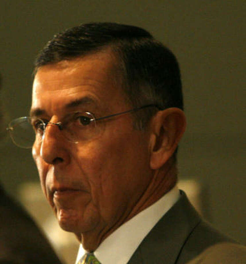 HISD Superintendent Abelardo Saavedra will step down as of Aug. 31, officials said today. Photo: Karen Warren, Chronicle