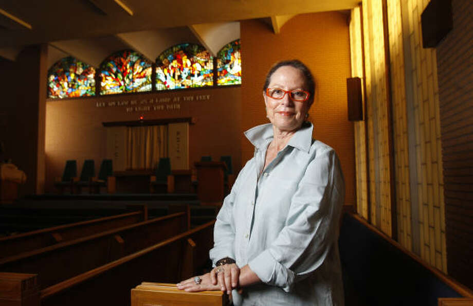 Kathleen Sukiennik, administrative director at Congregation Beth Jacob recalls how the small conservative group rallied to save the synagogue at 2401 Avenue K in Galveston. Photo: Melissa Phillip, Chronicle