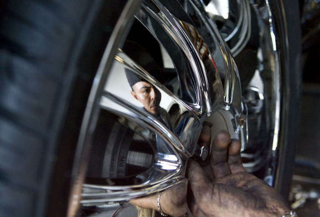Car Rims So Coveted Some People Will Kill For Them Houston