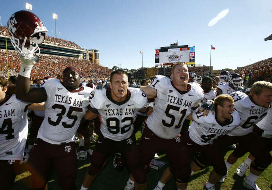 Texas A&M has long been known as a football school, and that reputation endures alongside the basketball program's success. Photo: Nick De La Torre, CHRONICLE