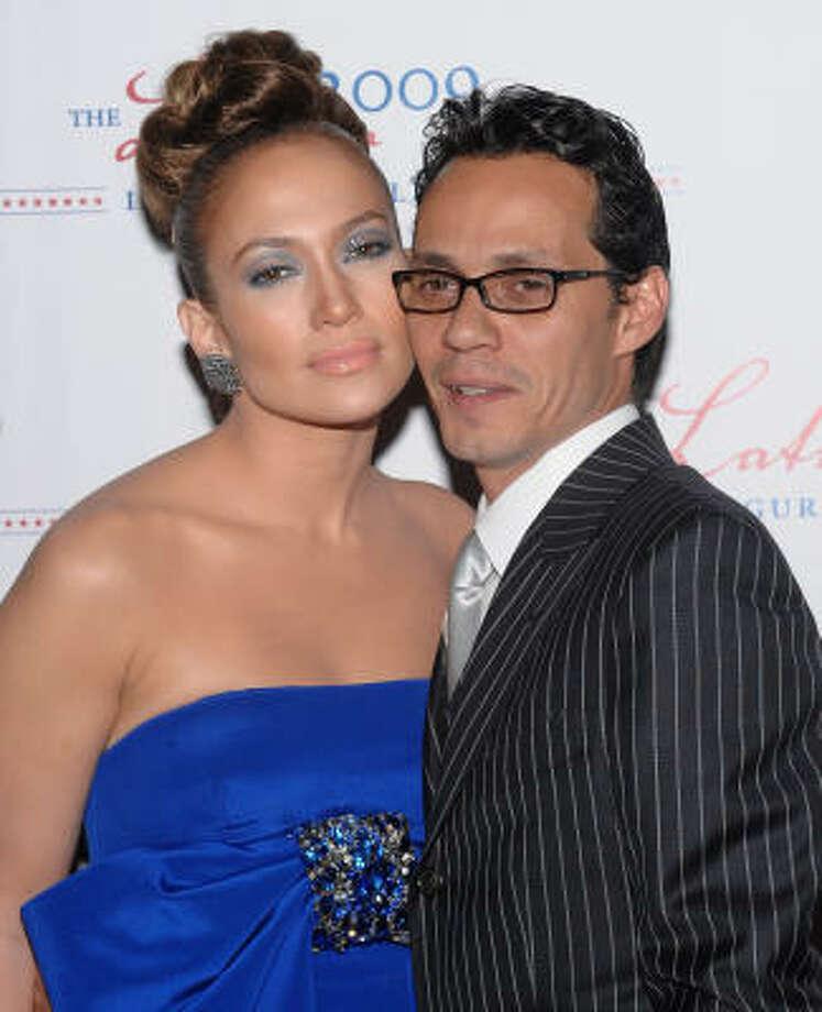 Jennifer López y su esposo Marc Anthony en la Gala Latina en homenaje al nuevo presidente. Photo: Evan Agostini, AP