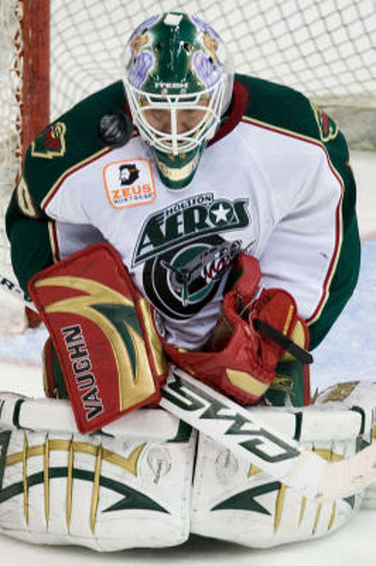 Nolan Schaefer, who started the season as the Aeros' starting goalie, has returned from injury and could see time if second-year goalie Anton Khudobin struggles against the Manitoba Moose.