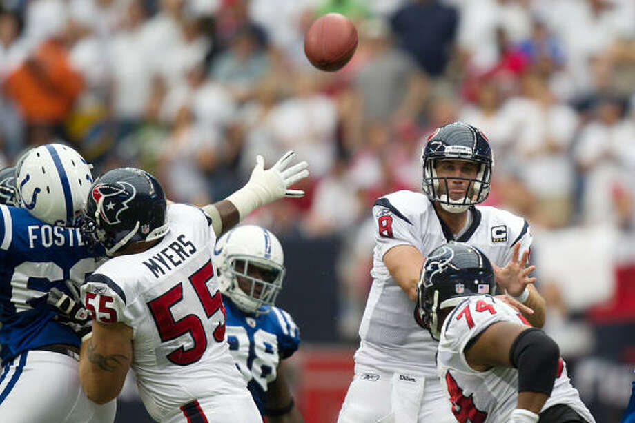 After a breakthrough win over the Colts last week, Matt Schaub (8) and the Texans look to avoid stubbing their toes against a Redskins team also coming off a big victory. Photo: Smiley N. Pool, Chronicle