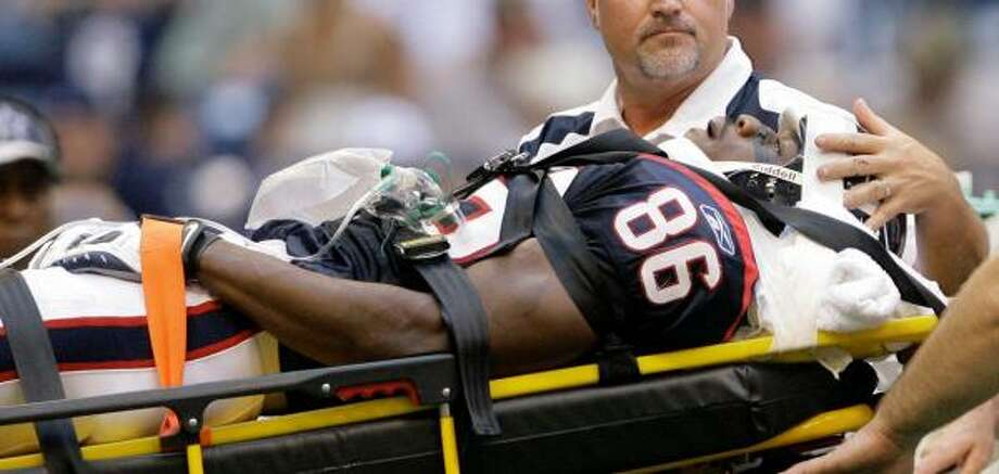 Texans wide receiver Harry Williams had surgery Friday to repair the small fracture in his spine that he suffered in the Texans' loss to the Cowboys on Friday. Photo: Matt Slocum, AP